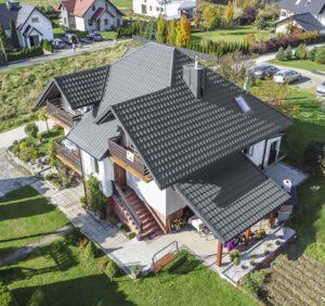 Rekonštrukcia strechy – kde začať a na koho sa obrátiť